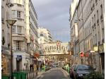 Paris va pouvoir réguler les mutations de commerces en meublés touristiques