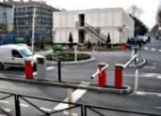 Barrières levantes motorisées