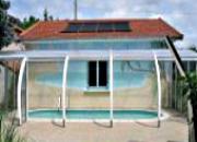 Abri de piscine en bois couleur blanc