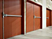 Bloc-portes métalliques