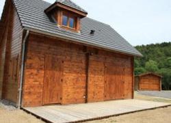 Quels systèmes pour entretenir et rénover les bois extérieurs