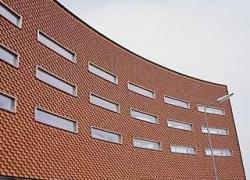 Réaliser une façade en briques à joints vifs