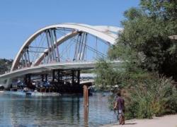 Un pont pour la circulation douce à Lyon