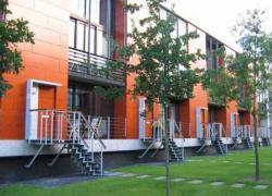 Hollande précise le financement des 25.000 logements intermédiaires