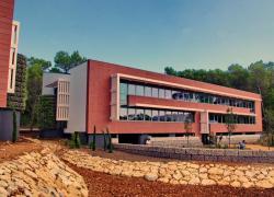Vers des bâtiments tertiaires autonomes en énergie