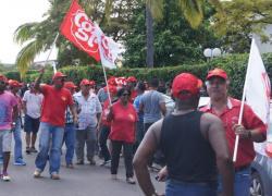 La Réunion: grève dans le BTP et barrages routiers