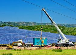 Doublement de l'éolien et triplement du photovoltaïque d'ici 2023