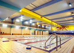 Une piscine parisienne chauffée grâce à l'eau des égouts