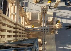 Forum Bois Construction: comment réaliser un Totem… de 14 m de haut