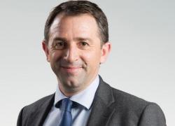 Le PDG de Legrand cède la direction du groupe à Benoît Coquart