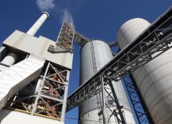 ArcelorMittal monte au capital d'Ecocem France, fabricant de laitier