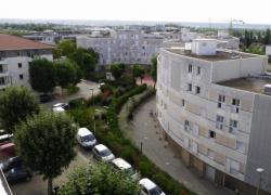 Les Yvelines présentent leur plan banlieue en présence de Jean-Louis Borloo