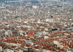Les habitants les plus riches quittent les quartiers prioritaires de la ville