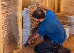 La performance d'un isolant alvéolaire en accordéon en maison à ossature bois