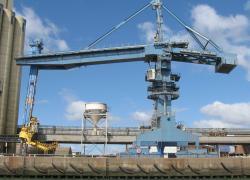 Le dépôt pétrolier de Lorient bloqué par des indépendants du BTP