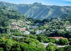 Le Parlement veut relancer la politique du logement en Outre-mer