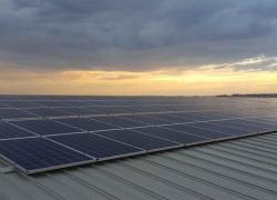 Le recul dans le solaire chinois fait baisser les investissements