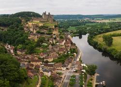 Manifestation en soutien du contournement routier de Beynac en Dordogne