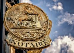 Outre-mer: vers une baisse des tarifs des notaires et huissiers
