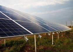Larzac : lancement de la concertation à un projet de parc photovoltaïque controversé