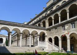 Une partie de l'Hôtel-Dieu à Paris cédée pour 80 ans contre 144 M EUR