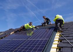 Energie solaire photovoltaïque : les bonnes et les mauvaises nouvelles de l'été