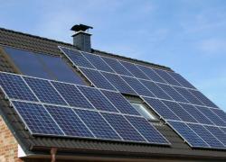 Hausse du renouvelable dans le monde grâce aux petites unités solaires