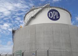 Des entreprises du BTP bloquent plusieurs dépôt pétroliers
