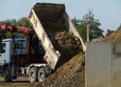 Les terres excavées des chantiers parisiens cherchent des débouchés