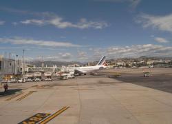 Avis favorable à l'extension de l'aéroport de Nice