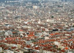 Habitat insalubre à Marseille: les collectifs interpellent le gouvernement