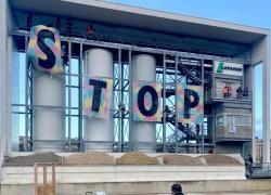 Les militants d'Extinction Rébellion dénoncent la pollution du BTP