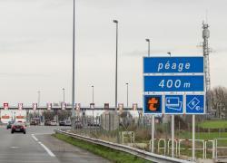 Concessions d'autoroutes: le Conseil d'État rejette la requête d'un militant écologiste