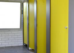 Désordre dans le bâtiment sanitaire d'un camping : quelle responsabilité ?