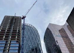 Crise: le marché français des bureaux poursuit sa chute