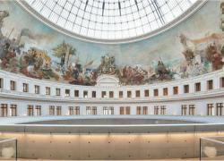 Le milliardaire français Pinault ouvrira son musée parisien en avance