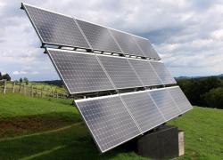 Energie solaire: l'Assemblée vote la révision à la baisse de certaines aides