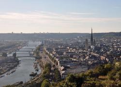 Contournement Est de Rouen: le conseil municipal de la ville vote symboliquement contre