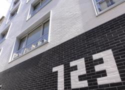1300 m2 de plaquettes de parements en 3 coloris pour 23 logements sociaux à Paris