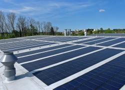 Autoconsommation photovoltaïque collective : les HLM peuvent devenir Personne Morale Organisatrice