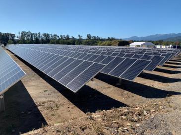 Une nouvelle centrale photovoltaïque avec stockage en Corse