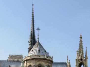 Flèche de Notre-Dame : le gouvernement sermonne l'architecte en chef