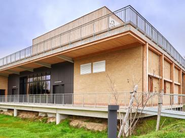 Un promoteur s'associe à un producteur de briques de terre crue en Occitanie