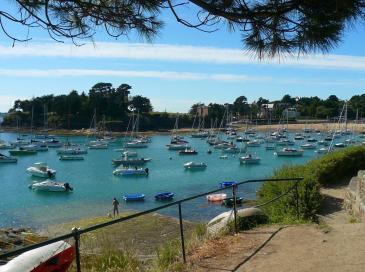 Bretagne: la justice confirme le tracé du sentier littoral de Saint-Briac
