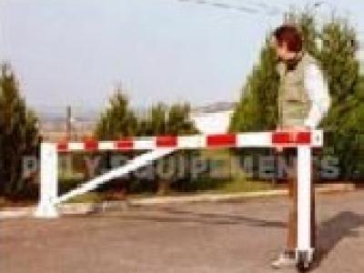Barrière tournante à support roulettes
