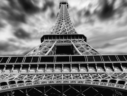 Un concours international pour réaménager le site de la Tour Eiffel