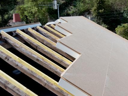 Les solutions pour isoler par l'extérieur s'adaptent aux toitures