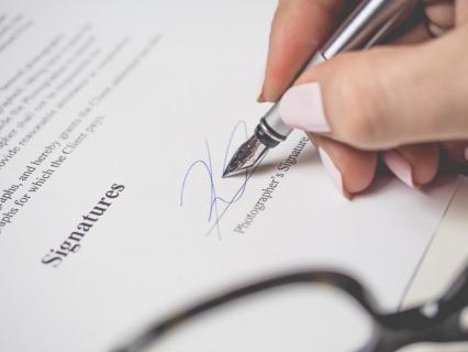 Contrat de travail : quels délais pour agir en justice ?