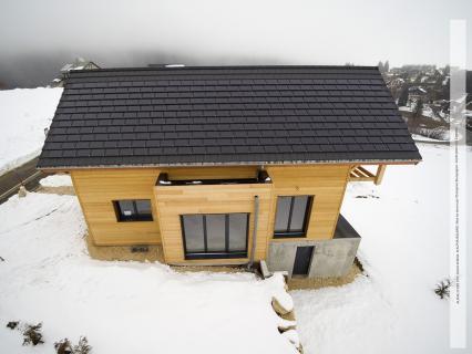 Equipez votre maison d'une installation solaire avec la tuile terre cuite solaire