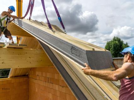 Isolation thermique par l'extérieur en toiture : légère ou lourde ?
